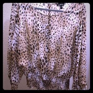 Bebe leopard print long sleeve top!